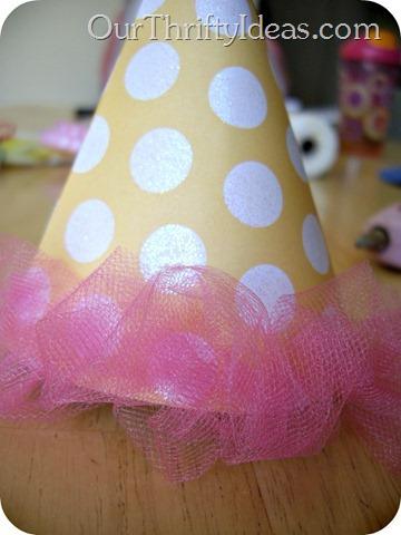 birthday hat - tulle.jpg