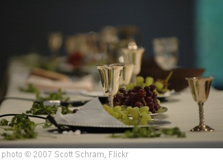 'The Lord's Table' photo (c) 2007, Scott Schram - license: http://creativecommons.org/licenses/by/2.0/