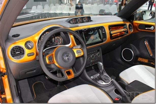 2014-VW-Beetle-Dune-Concept-at-2014-NAIAS-interior