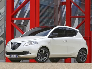 Lancia-Ypsilon_2012_1600x1200_wallpaper_03