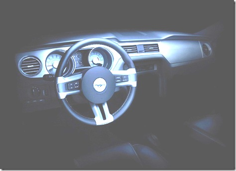 Ford-Mustang-2010-0