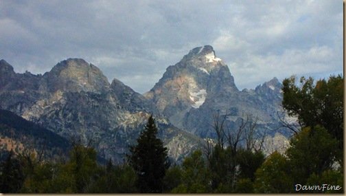 Drive in tetons_20090913_062
