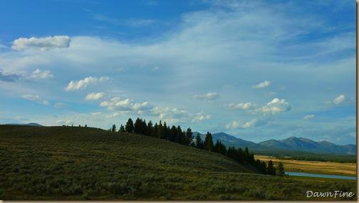 Yellowstone dawns_20090906_072