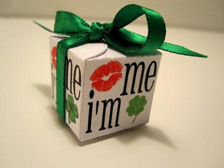kiss me i'm irish box