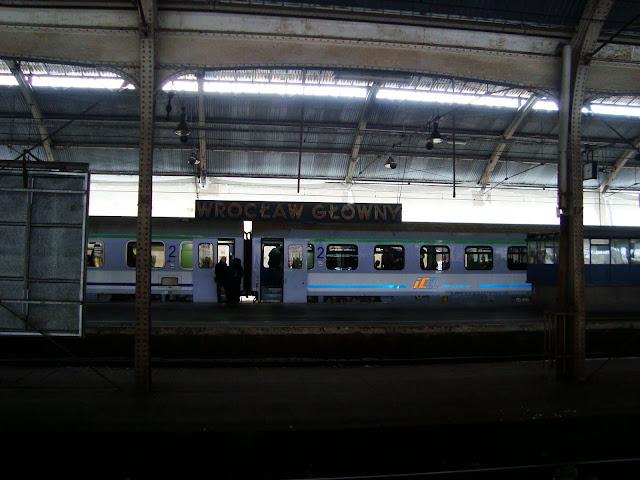 Czekając na pociąg...