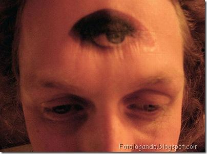 Tatuagens em cabeças raspadas (1)