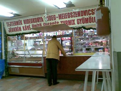Budapest,  VII. kerület,  7. kerület, blog, Péterfy Sándor Utcai Korház, Alsó Erdősor utca, étel,  étkezés,  büfé, automata, olcsó