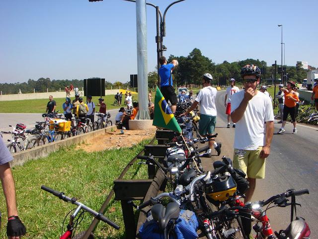 http://picasaweb.google.com/ciclista.fabiano/BicicletadaInterplanetRia0607122008#5278353693762547394