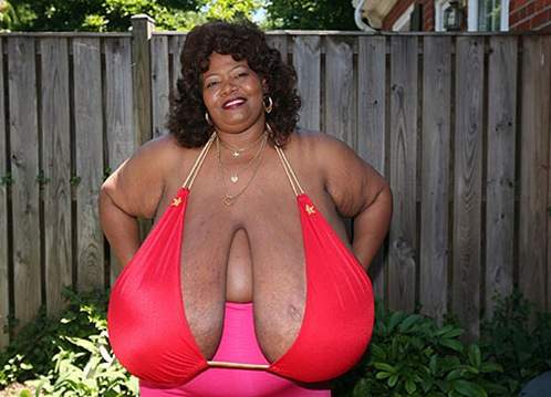 World's Largest Natural Breasts (Norma Stitz) 07