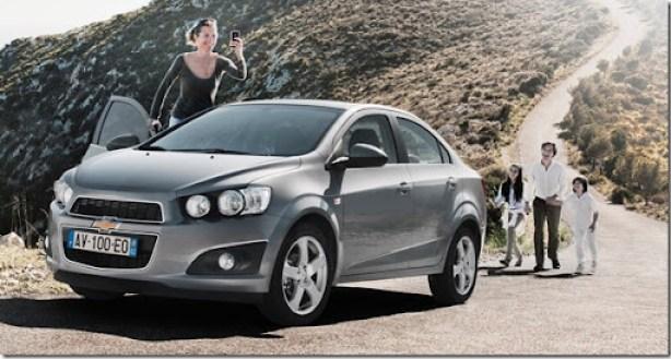 Chevrolet-Aveo_Sedan_2012_1600x1200_wallpaper_0e