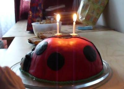 Katicás torta KÉT gyertyával