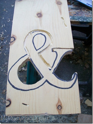 how to cut an ampersand