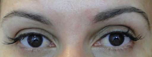 Yes lapis sobrancelha olhos
