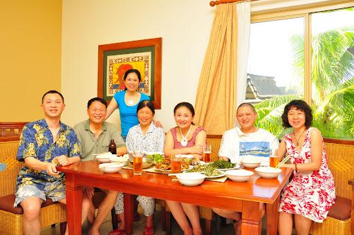 Family reunion in Denarau, Fiji