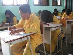 Ujian Semester Ganjil TP 2010 di SMAN Pintar