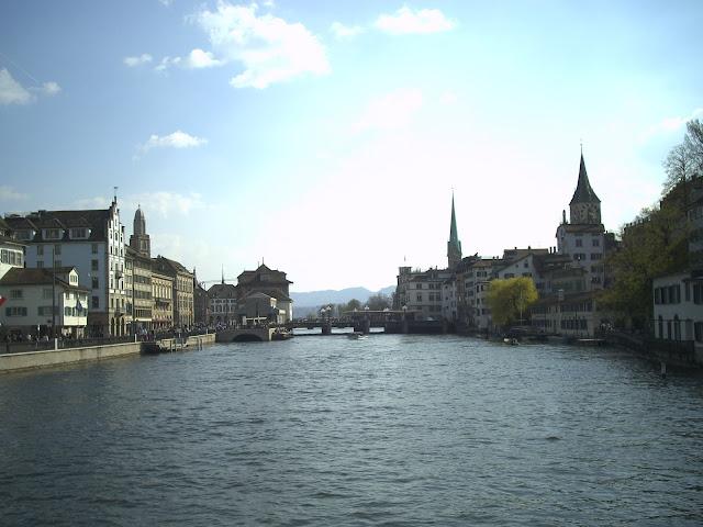 Kanal menuju Danau Swiss