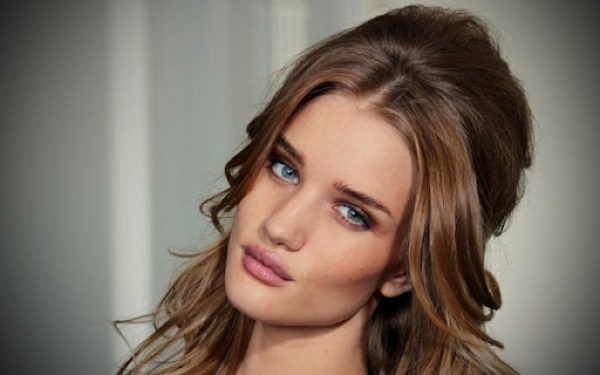 Rosie-Huntington-Whiteley10