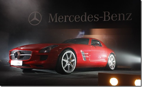 3-Mercedes-Benz-SLS-AMG-Bra_grande