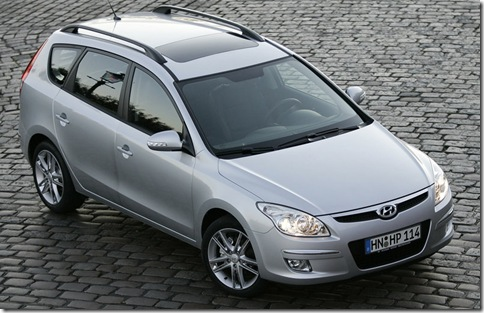 Hyundai-i30_Estate_2008_800x600_wallpaper_02