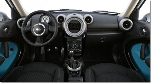 Mini-Countryman_2011_800x600_wallpaper_2c