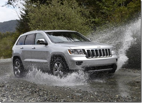 Jeep-Grand_Cherokee_2011_800x600_wallpaper_03