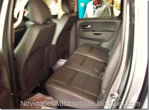 Nova Volkswagen Amarok 4x4 2011 higline trendline (11)