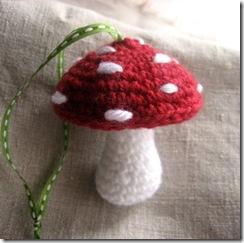latest_mushroom_crochet