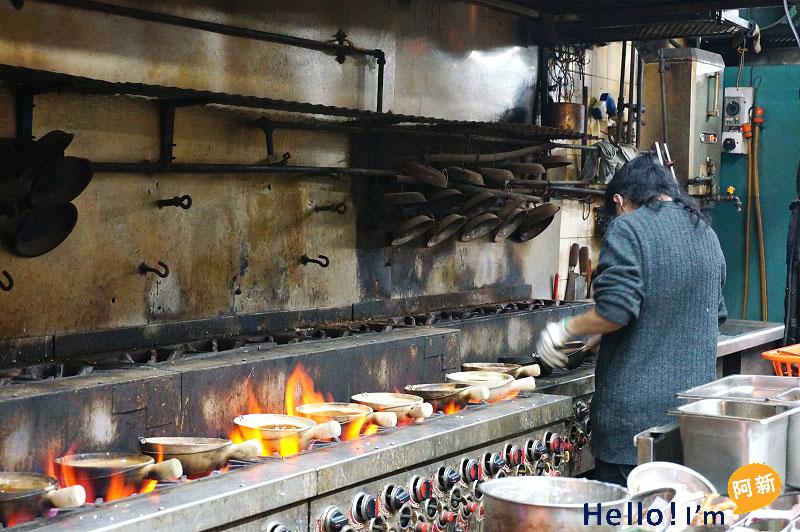 廟街美食,興記煲仔飯-5