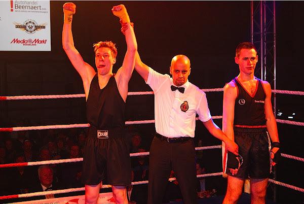 Rene Degroote wint van Fabio Arete