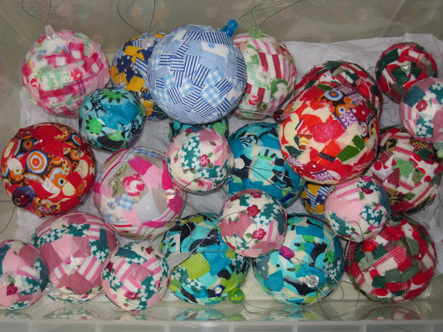 Project Ninety Seven: Making Christmas Baubles using Fabric Scraps (with tutorial) (1/6)