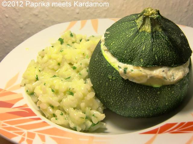 eine ode in gr n und wei gef llte zucchini mit b rlauchrisotto paprika meets kardamom. Black Bedroom Furniture Sets. Home Design Ideas