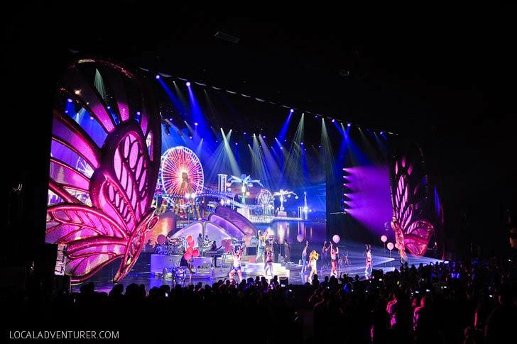 Caesars Palace Mariah Carey in Vegas.