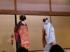 Maiko performing the butterfly