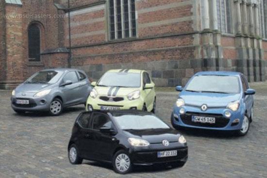 Erros do Photoshop: anúncio de carro minúsculo