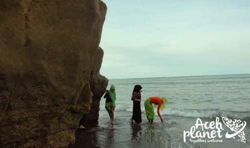 Pantai Ulee Kareung Cuma Ada di Bireun
