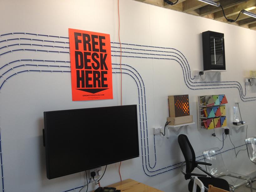 *FREE DESK HERE免費工作室辦公桌:在這裡! 6