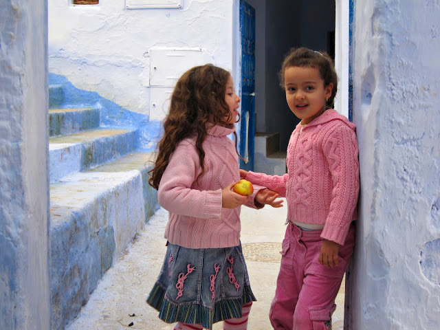 Girls in Chefchaouen, Morocco