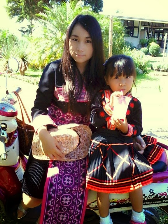 Photos of Hmong cute girl's