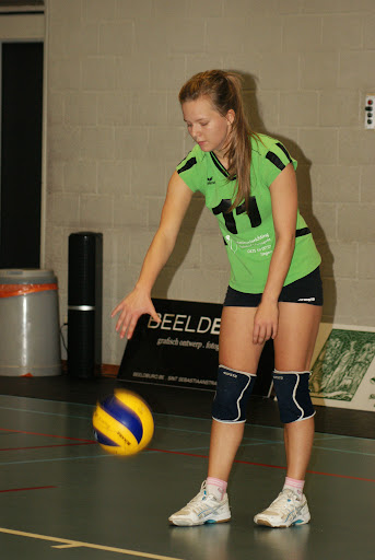 Volare damesvolleybal Roeselare