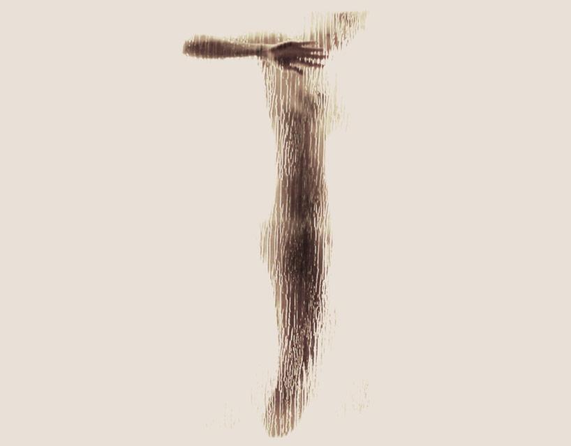 *女性裸體字母剪影:希臘藝術家Anastasia Mastrakouli 解剖人體視覺奧秘! 21