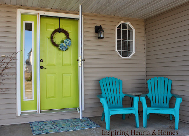 Bright Green Front Door from Inspiring Hearts and Homes