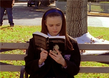 Rory Gilmore reading Sylvia Plath
