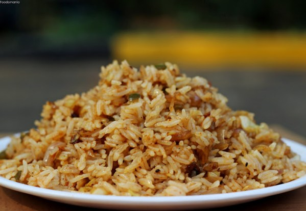 Garlic Fried Rice Recipe | Quick & Easy Indo-Chinese One Pot Meals