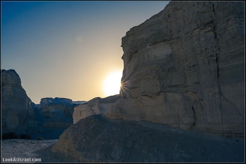 Одно фото / Закат в Иудейской пустыне