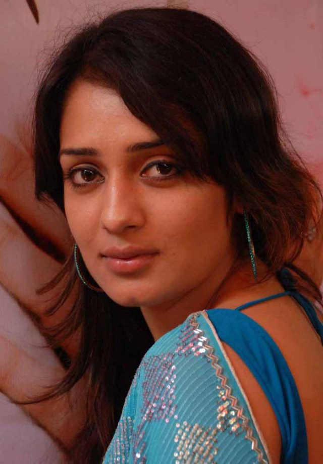 Nikitha In Blue Saree Hot Photos Nikitha Latest Stills