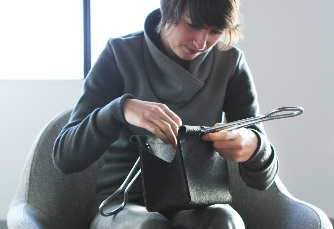 # Clip Bag長尾夾手提包:辦公文具與你形影不離! 9