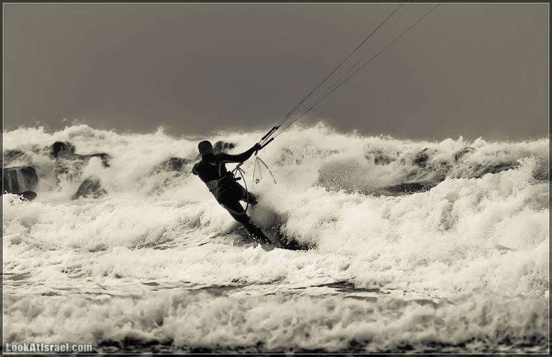 Одно фото / Тель Авив, было море бушующим