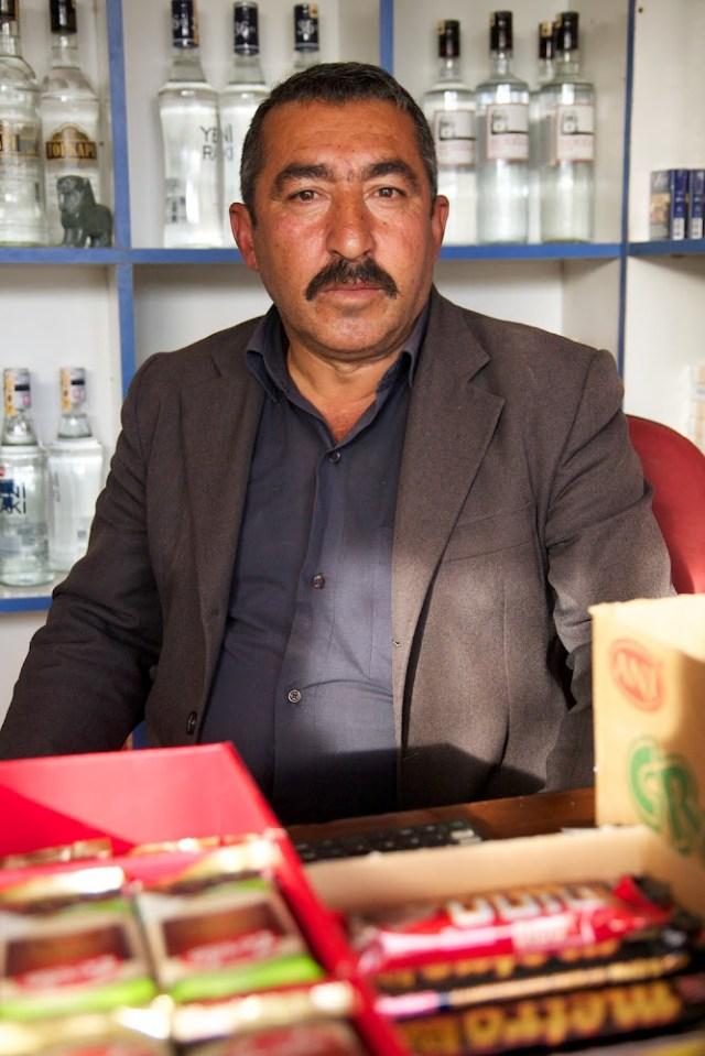 shop owner in Boğazköy