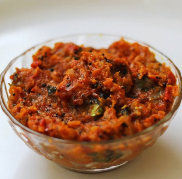Onion Tomato Chutney Recipe | South Indian Red Chutney for Idli, Dosa from Foodomania.com by Kavitha Ramaswamy