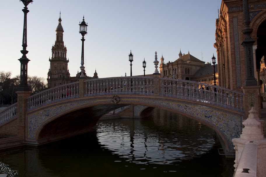 3. Beitrag 2012 – Brücken am Plaza de Espana (2/6)